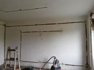 Lakás villanyszerelés horonymarás
